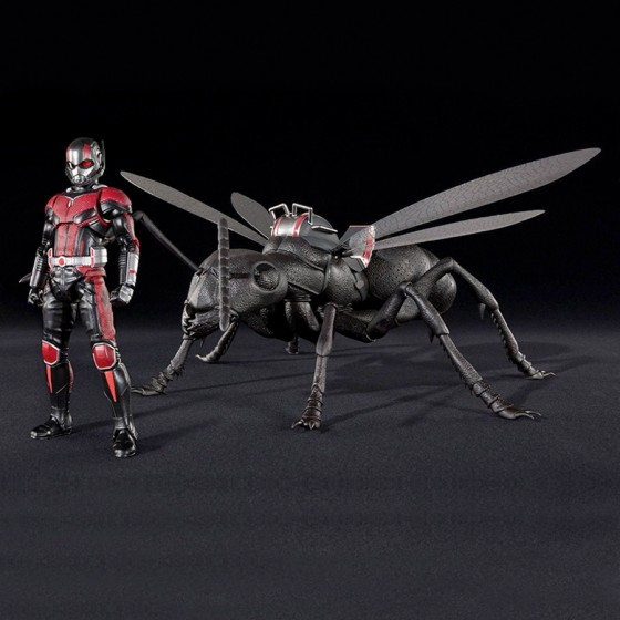 Boîte abîmée : Ant-Man and The Wasp - Ant-Man & Ant Set - S.H.Figuarts