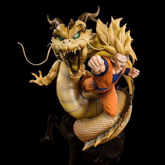 Dragon Ball Z Super Saiyan 3 Son Goku -Dragon fist explosion - Figuarts Zero