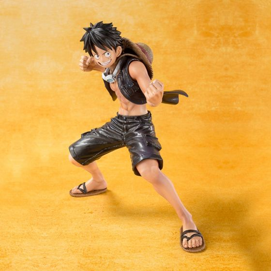 One Piece Gold - Monkey D. Luffy - Figuarts Zero